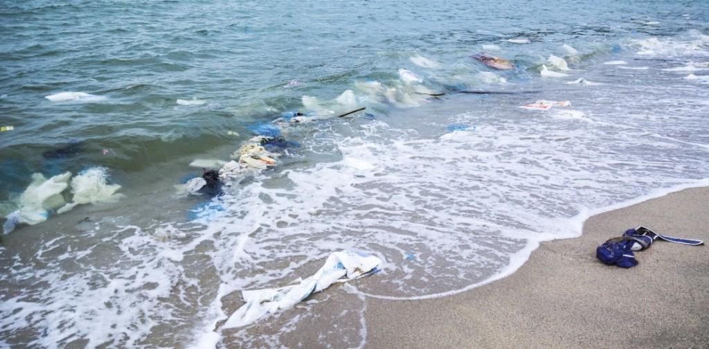 műanyag az óceánban (műanyag, óceán,)