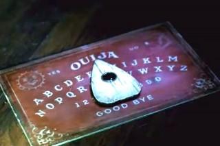 ouija-tabala(960x640).jpg (ouija, szellemidézés, )