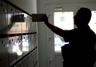 postás (postás, postaláda, levél, postafiók,)