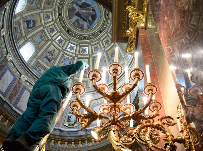 tn-led (technet, panasonic, led, világítás, magyar, templom, bazilika)