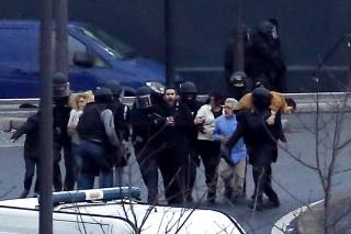 Charlie Hebdo fegyveres támadás, túszejtés (Charlie Hebdo fegyveres támadás, túszejtés)