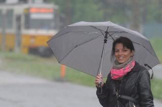 Eso(210x140).jpg (eső, esernyő, vihar, )