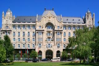 Four Seasons Hotel Gresham Palace (Four Seasons Hotel Gresham Palace)