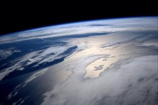 ISS-kilatas(960x640).jpg (Föld, )