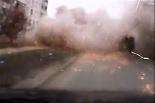 Ukrajna-tamadas(960x640).jpg (ukrajna, támadás, autó, )