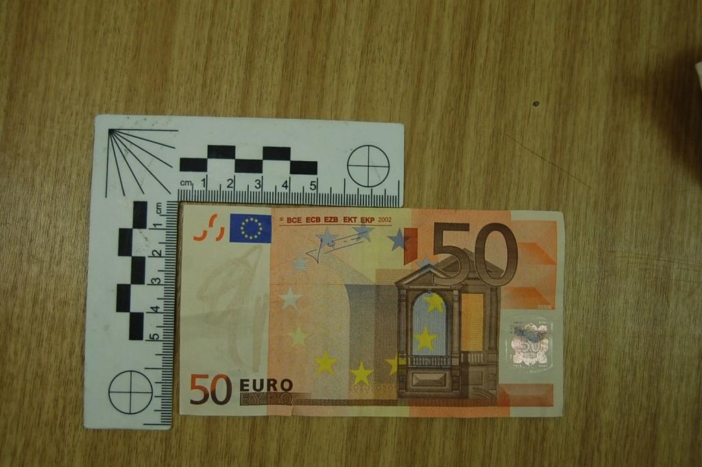 hamis euro (hamis euro)