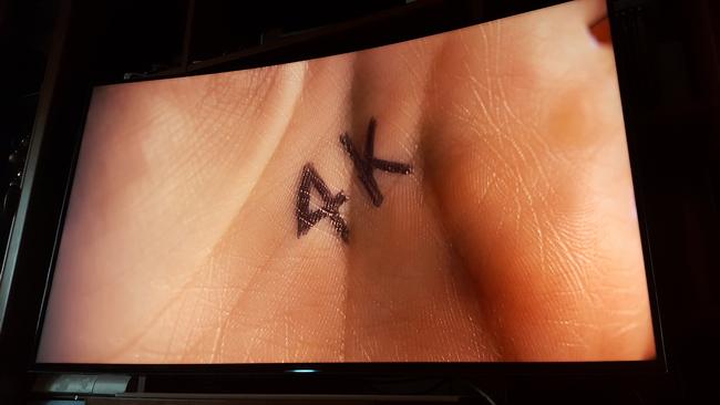 tn-a02 (technet, teszt, tévé, tv, televízió, samsung, okostévé, ívelt, ultra hd, 4K)