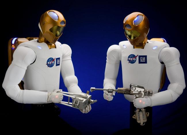 tn-ro01 (technet, jövő, vízió, számítógép, robot, technológia)