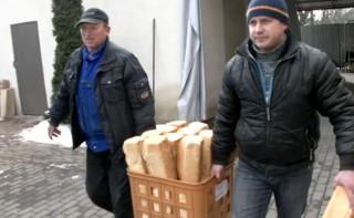 Adomány Kárpátalján (ukrajna, )