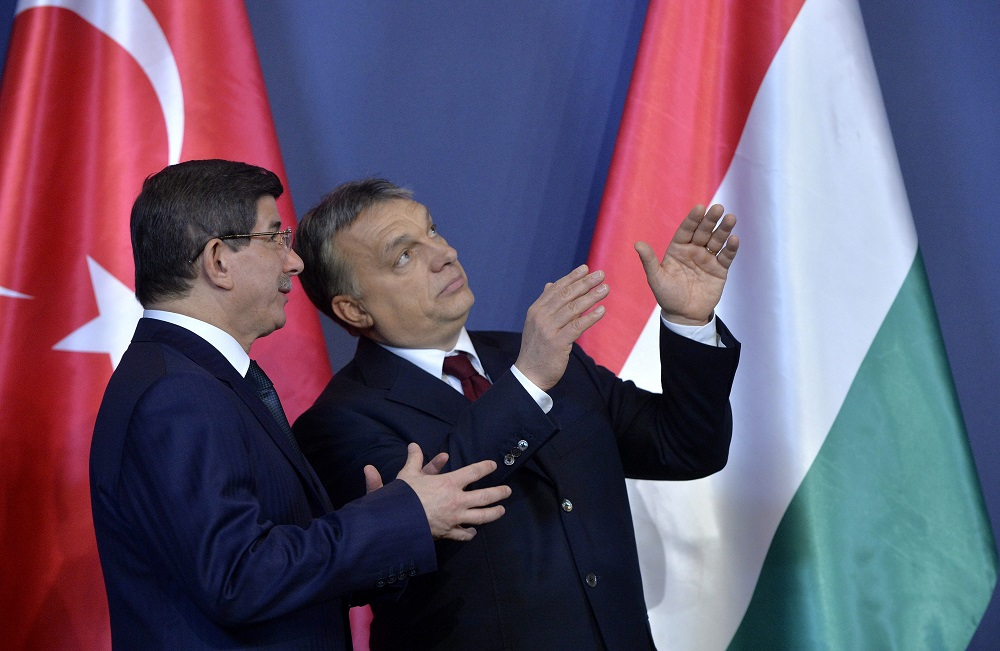 Devatoglu és Orbán (ahmet davutoglu, orbán viktor, )