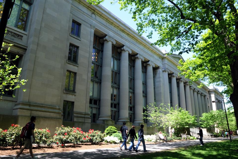 Harvard (Harvard)
