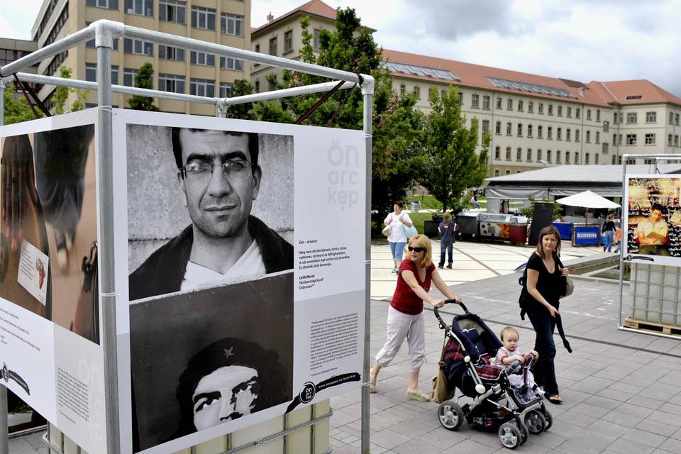 Menedék Egyesület (Menedék Egyesület, menedék, menekült, kiállítás)
