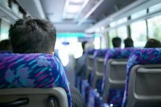 buszozás (utazás, utasok, buszozás)