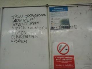 jöjj oroszország a hév megállóban (graffiti, hév-megálló)
