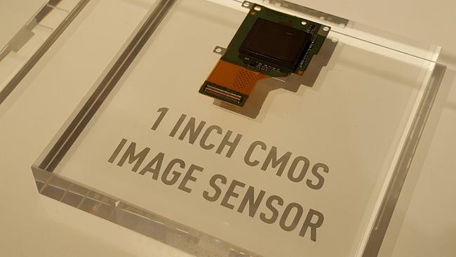 mp-c02 (mobilport, panasonic, convention, lumix, kamerás, mobil, android)