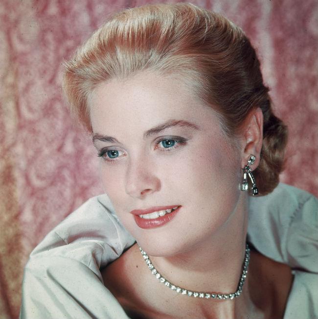 Grace Kelly (grace kelly)