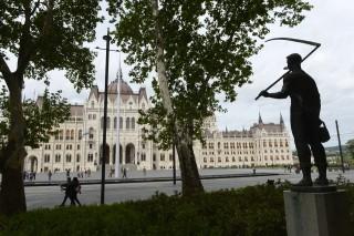 Kossuth tér (Kossuth tér, Parlament)