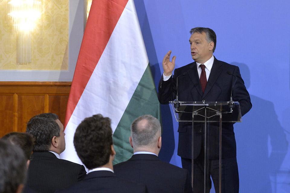 Orban(78e37ce7-63b3-49dd-9f35-62acc63b0ebd)(650x433).jpg (Orbán)