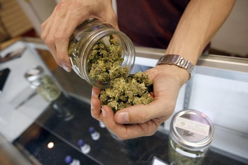 Orvosi marihuána (marihuána, )