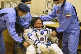 Űrhajóst ellenőriznek (űrhajós, )