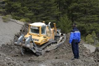 Útépítés a francia Alpokban (lezuhant repülő, )