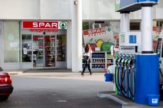 benzinkúti spar (spar, benzinkút)