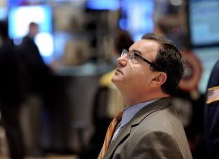 broker(210x140).jpg (bróker, üzletember, tőzsde, vállalatvezető, cégvezető, )