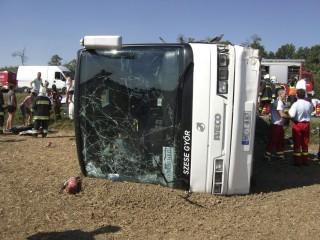győri buszbaleset (uni győr, baleset)