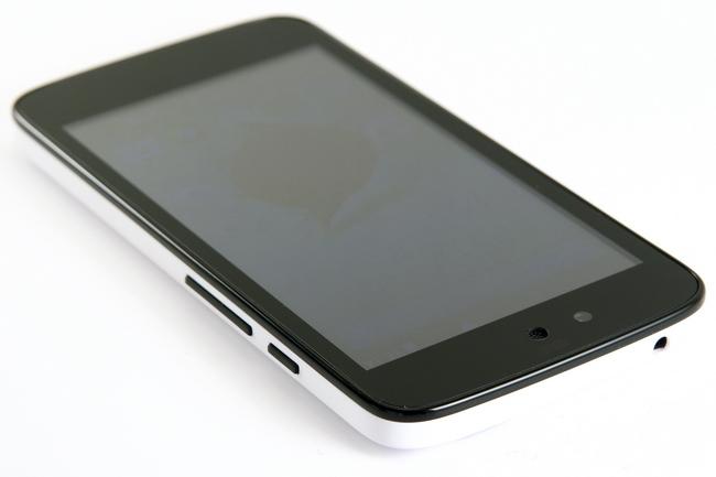 mp-k04 (mobilport, teszt, android, android one, karbonn, olcsó, indiai, okostelefon)