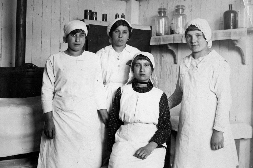 nők, első világháború (nők, első világháború)