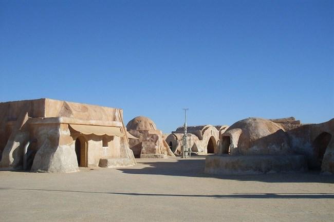 tatooine(650x433).jpg (tatooine, tunézia, csillagok háborúja, star wars,)