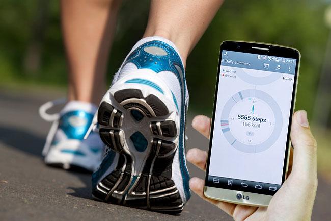 lepesszamlalo-01 (technet, teszt, fitness, lépésszámláló, okoskarkötő, fitnesskarkötő, mozgásérzékelő, szenzor, alkalmazás, app, egészség, okostelefon, mobiltelefon, telefon, videó, fitbit, )