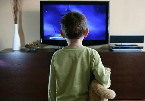 tn-tv02 (technet, nmhh, gyerek, szülő, fenyegetés, védelem, tévé, tv)