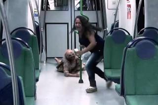 zombiapokalipszis(960x640).jpg (zombi, metró, átverés, )