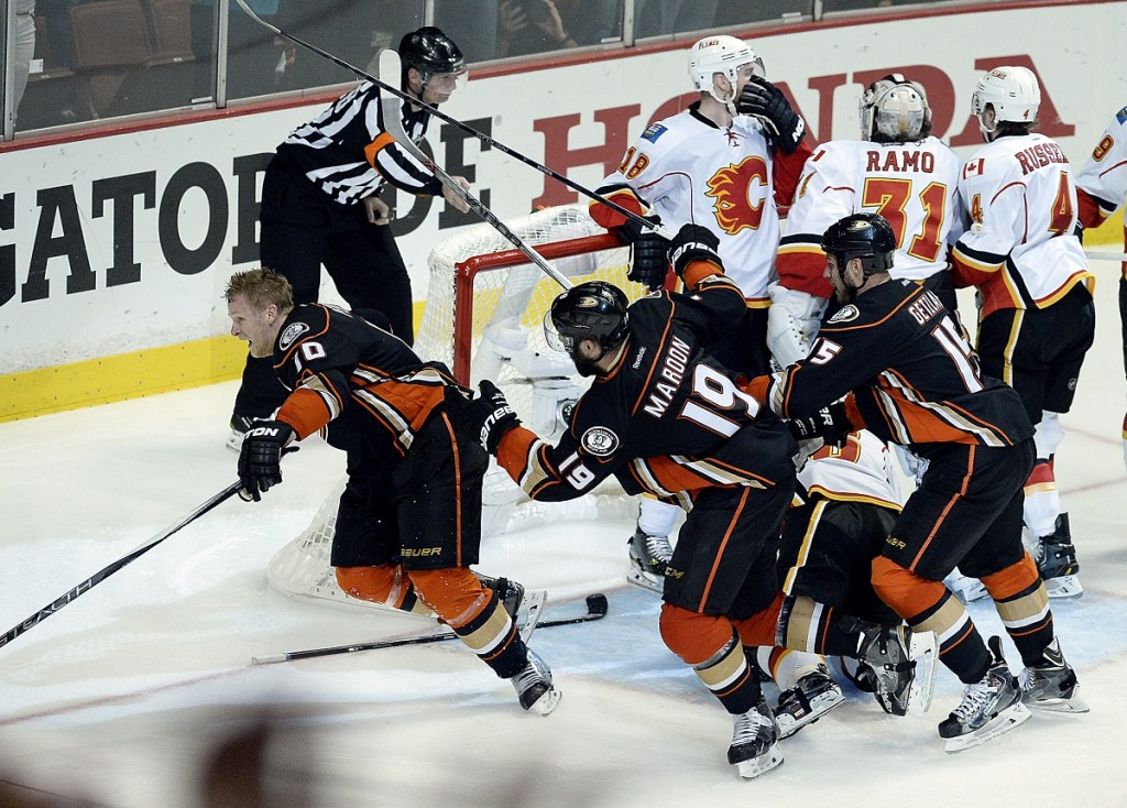 Anaheim Ducks (Array)
