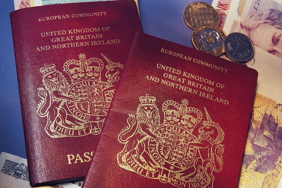 Anglia útlevél (Array)