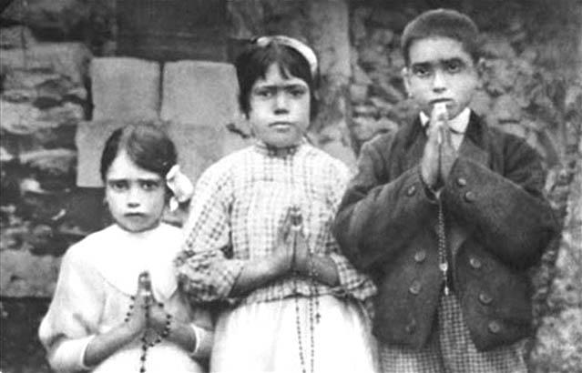 Fátimai jelenések (Array)