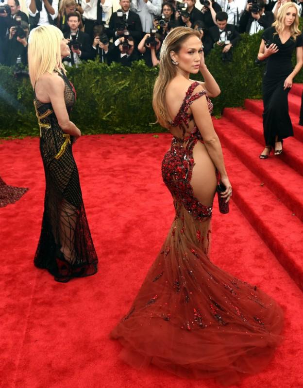 Jennifer Lopez  (Array)