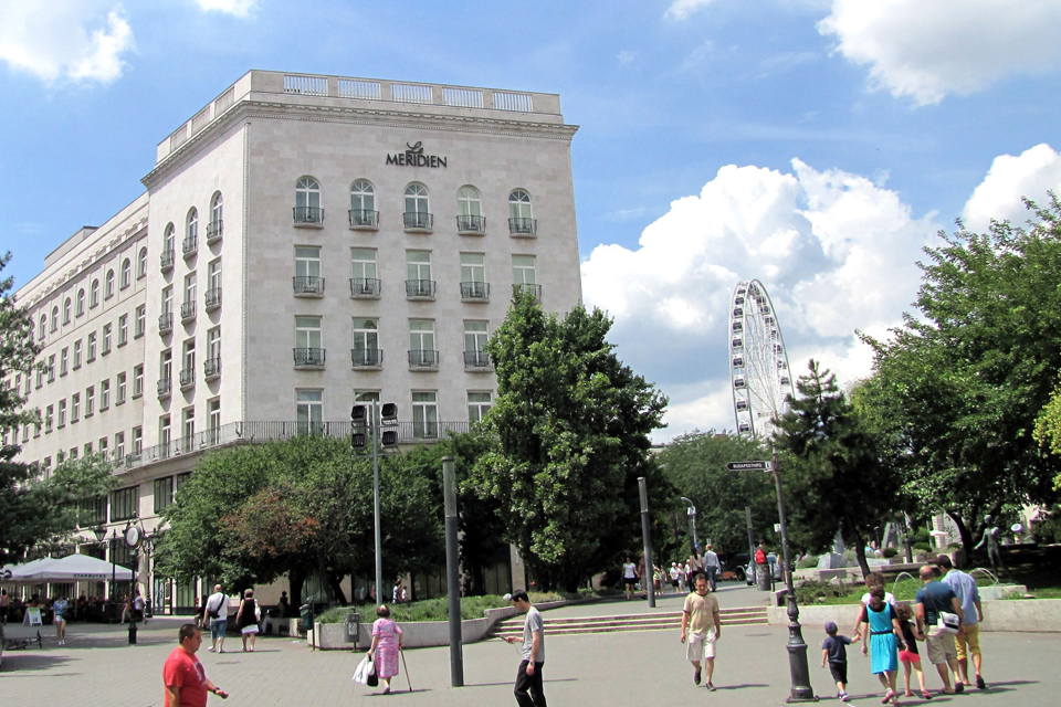 Le Meridien Budapest szálloda  (Array)