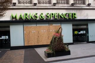 Marks & Spencer (Array)