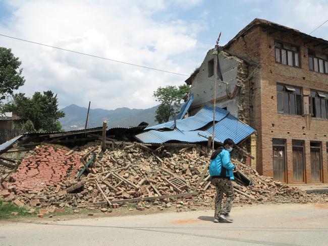 Nepál földrengés 2 (Array)