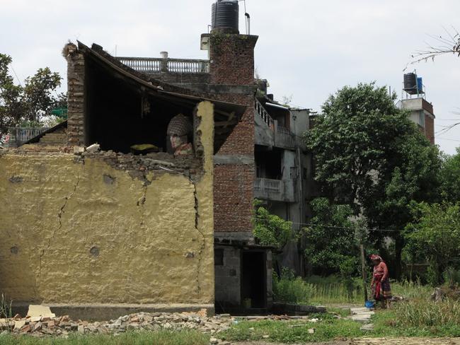 Nepál földrengés 3 (Array)