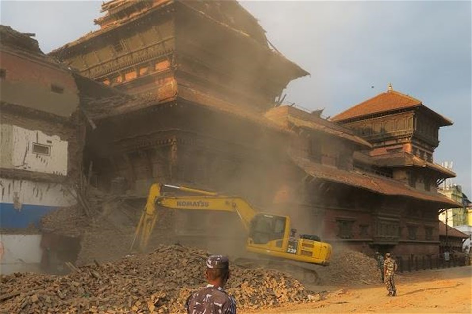 Nepal-foldrenges-vezeto(960x640).jpg (Array)