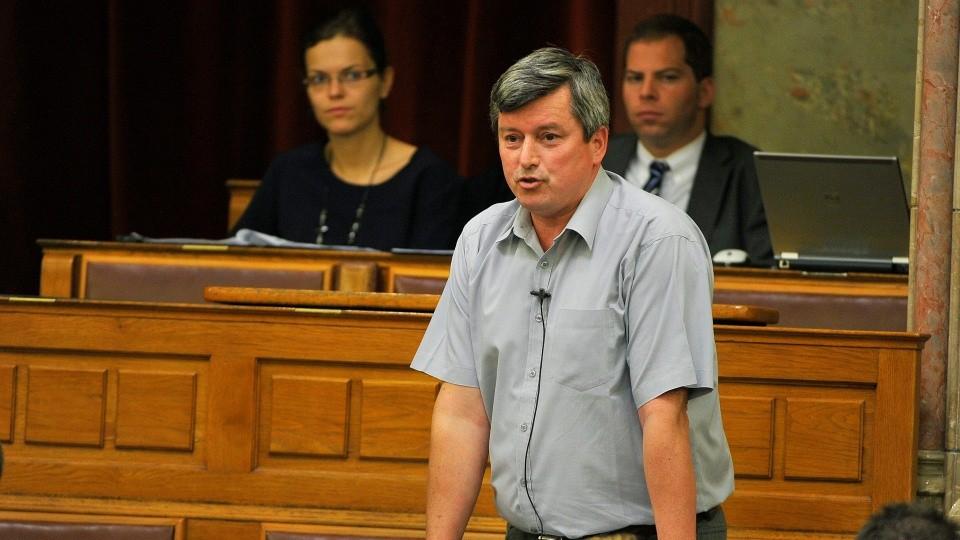Pósán László (Array)