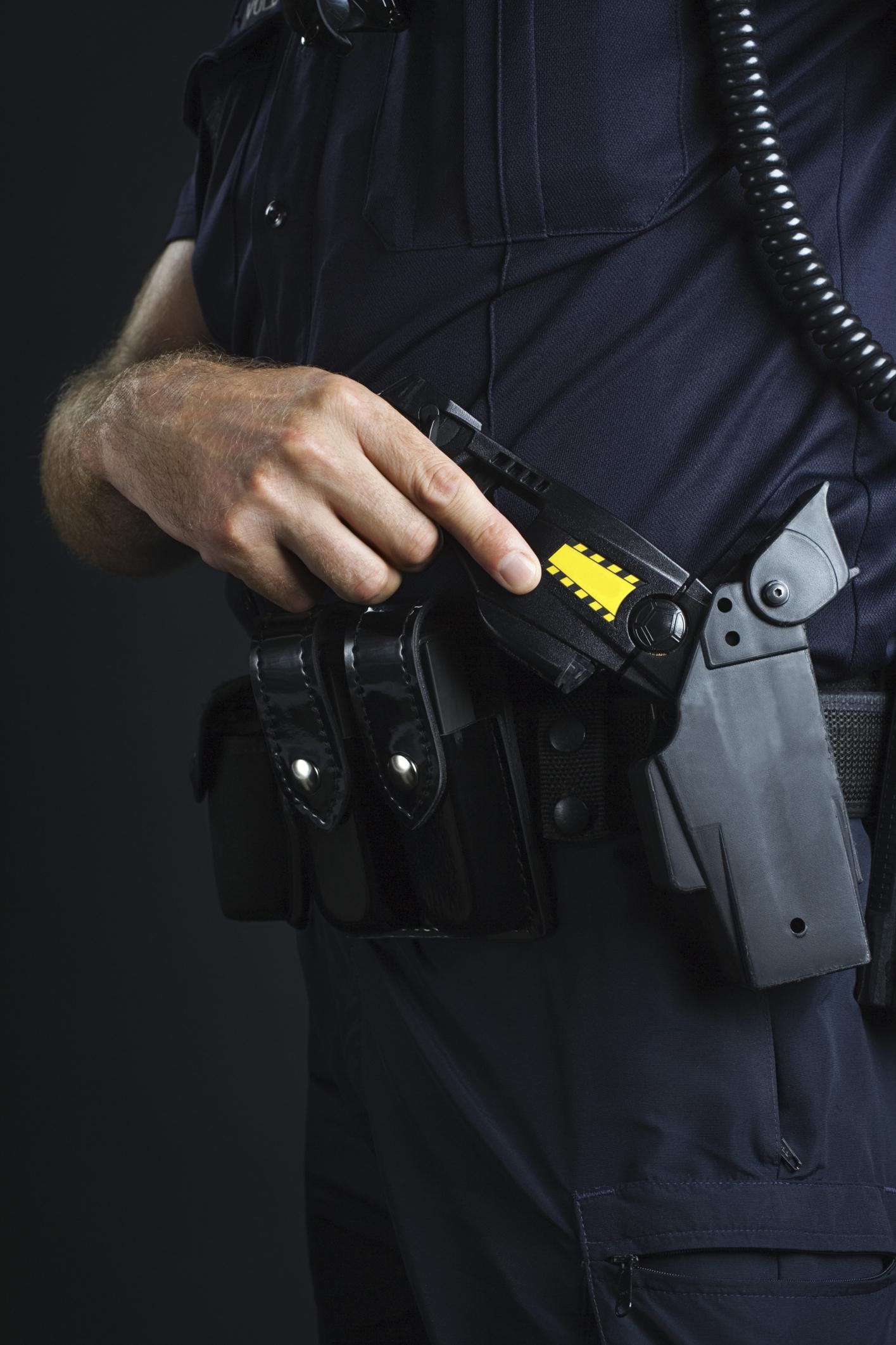 Sokkoló pisztoly (Array)