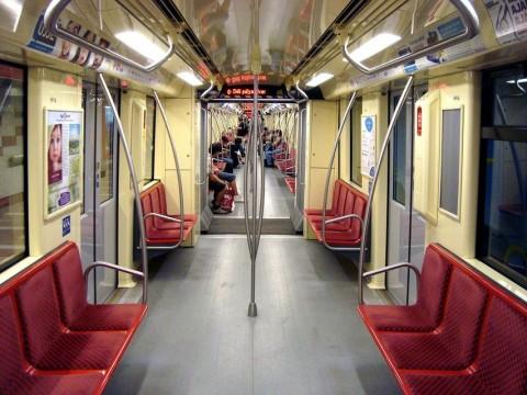 alstom metró (Array)