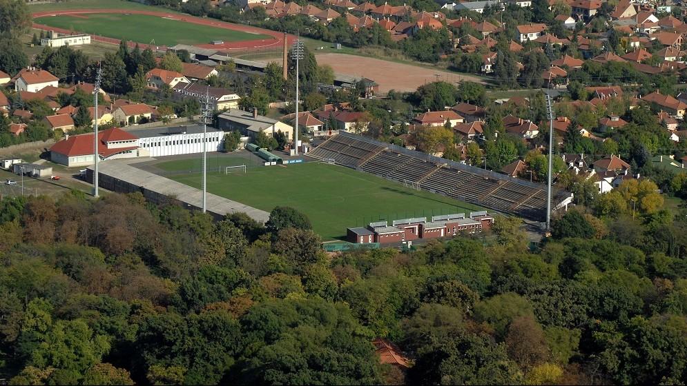 békéscsabai stadion (Array)