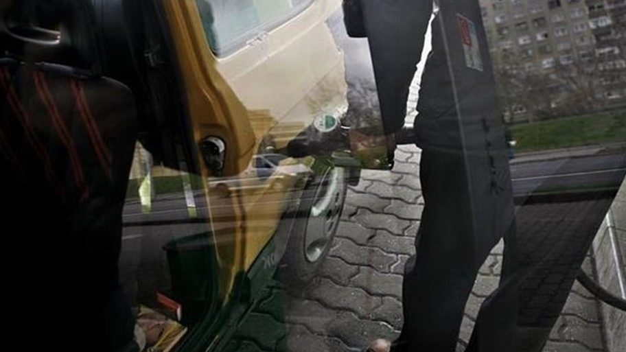 benzinkut(11)(960x640).jpg (Array)