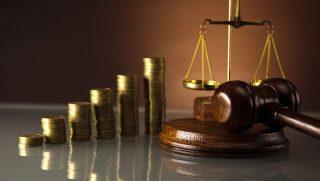 bíróság pénz (Array)