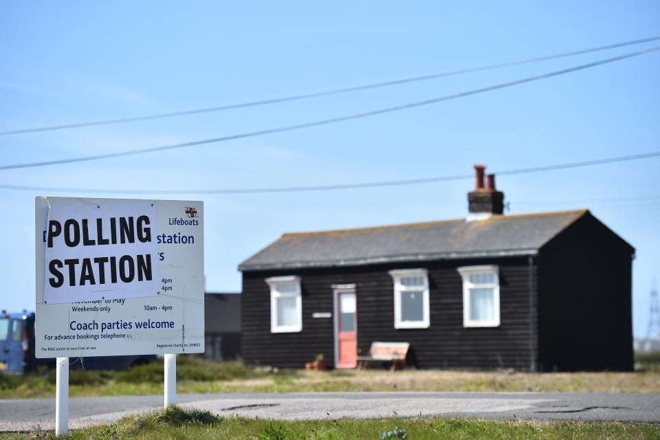 brit választás (Array)